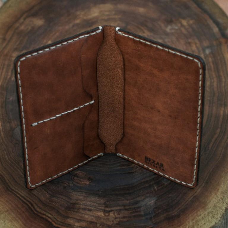 Images_Portfolio_bexar goods - passport wallet