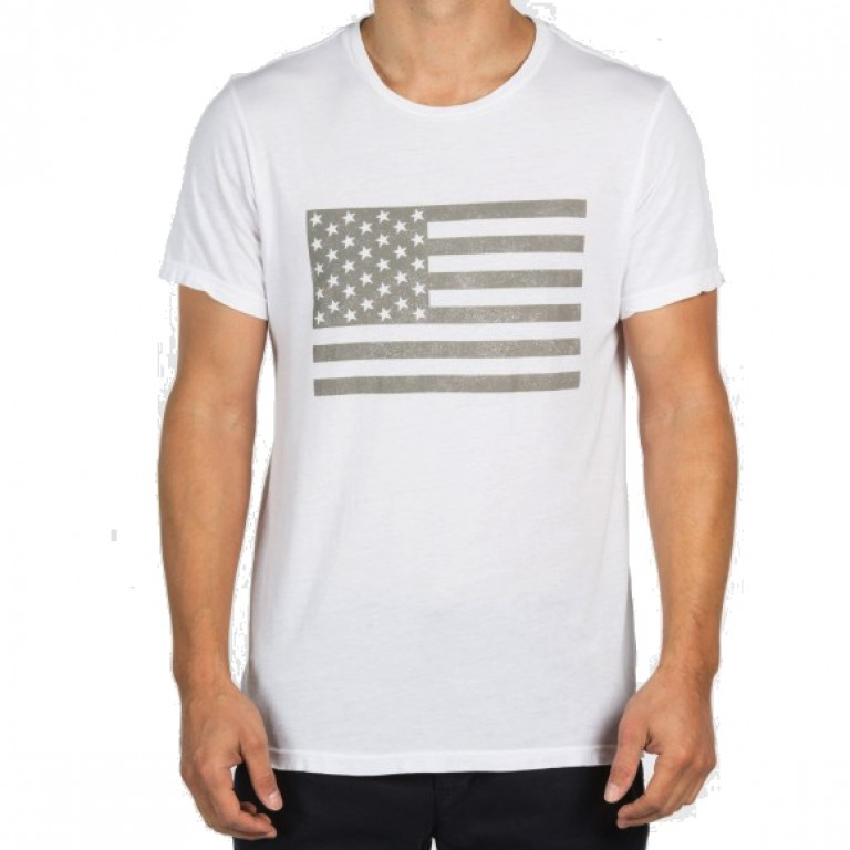 Save Khaki United - T-Shirts - S-S Flag Print Tee