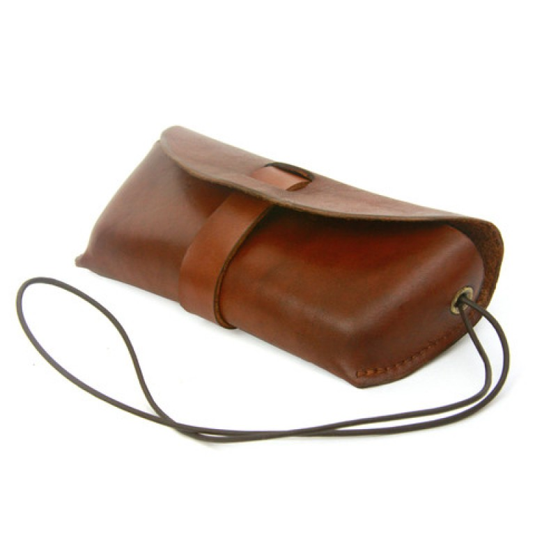 red clouds collective saddle tan leather glasses case